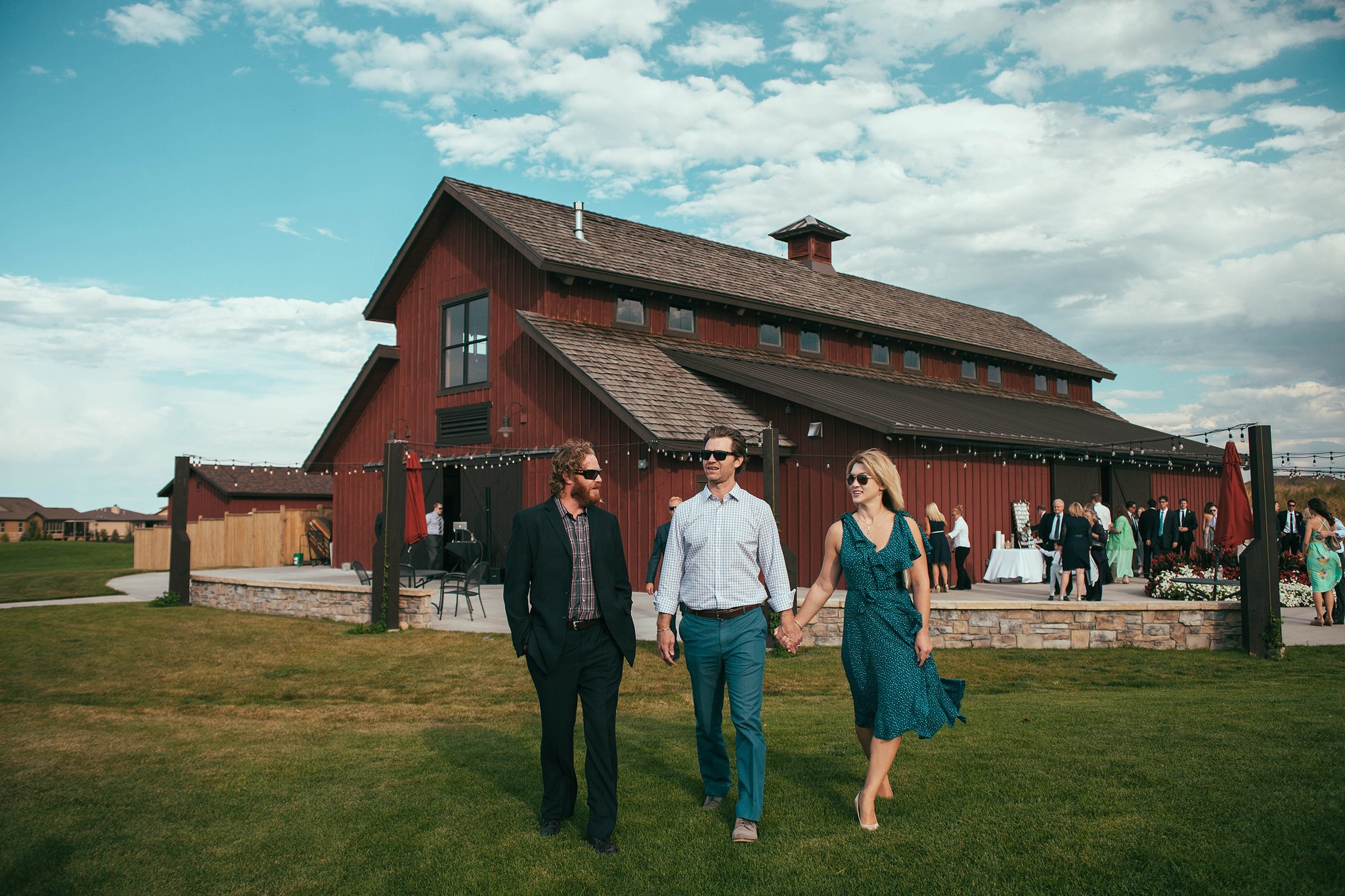 Cincinnati-Dayton-and-Traveling-Wedding-Photographer-Big-Red-Barn-Highland-Meadows-Golf-Course-CO-93