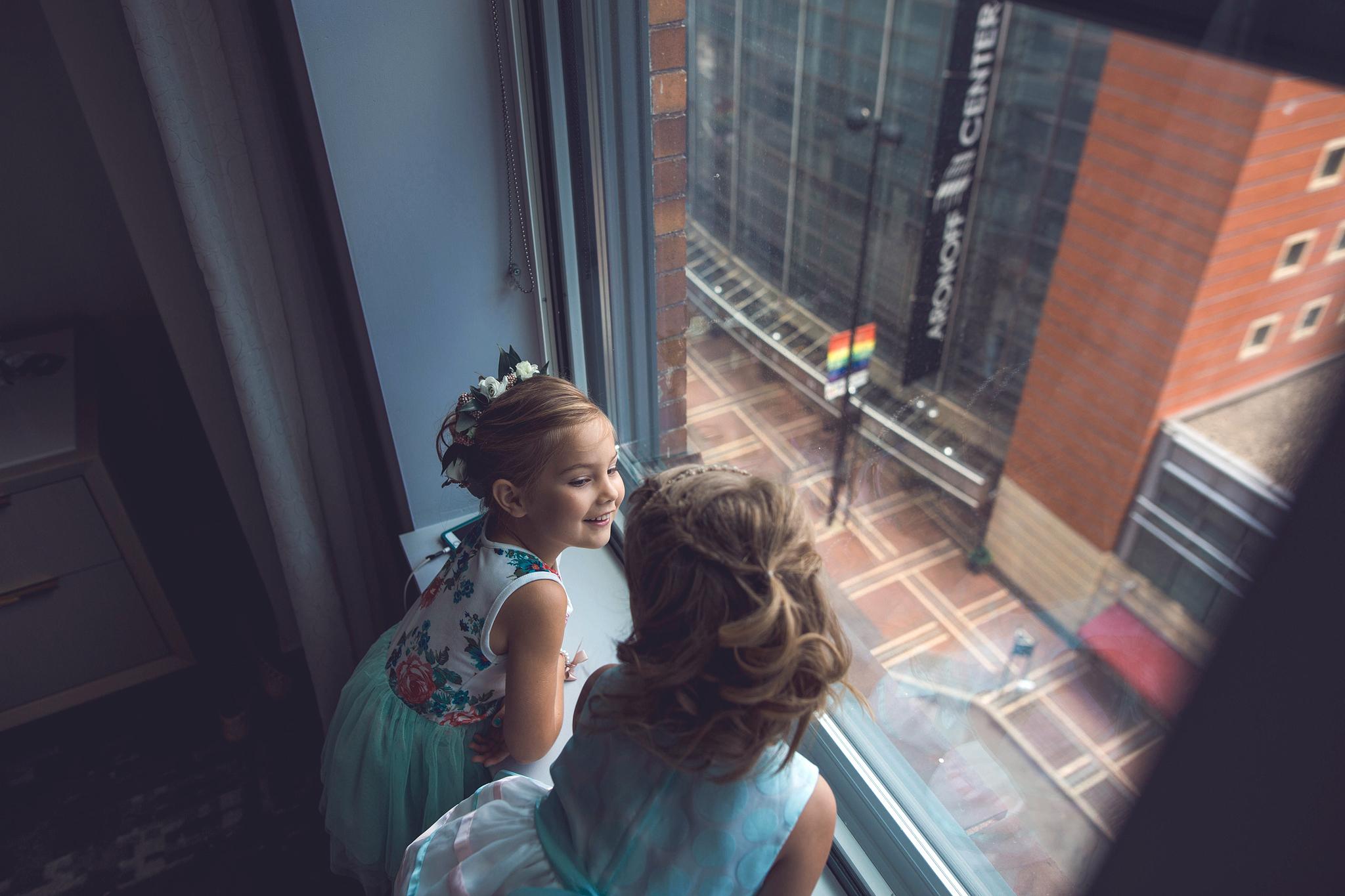 Cincinnati-Dayton-OH-Traveling-Wedding-Photographer-Rhinegeist-Brewery-Ault-Park-21C-42.jpg