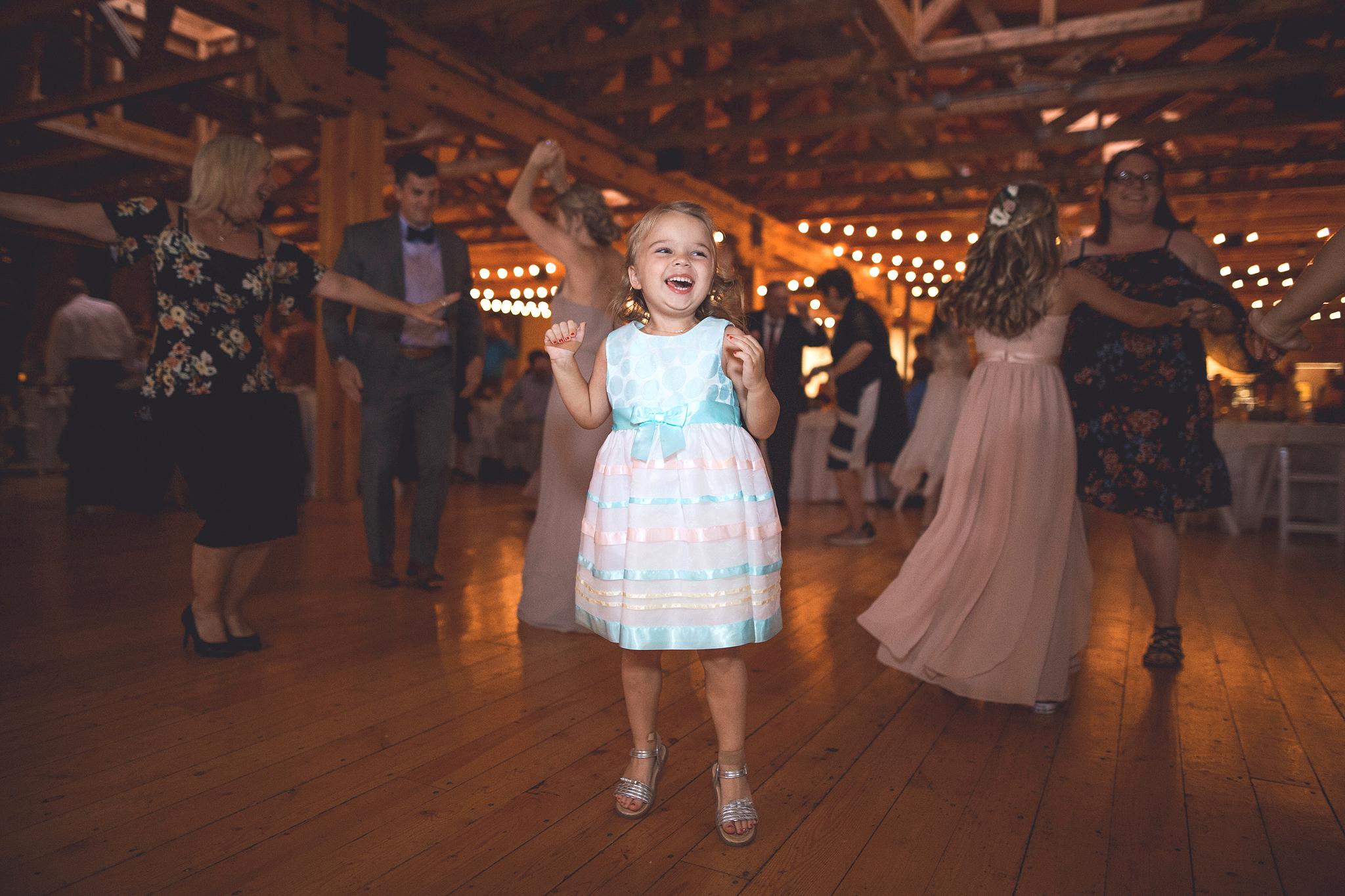 Cincinnati-Dayton-OH-Traveling-Wedding-Photographer-Rhinegeist-Brewery-Ault-Park-21C-166.jpg