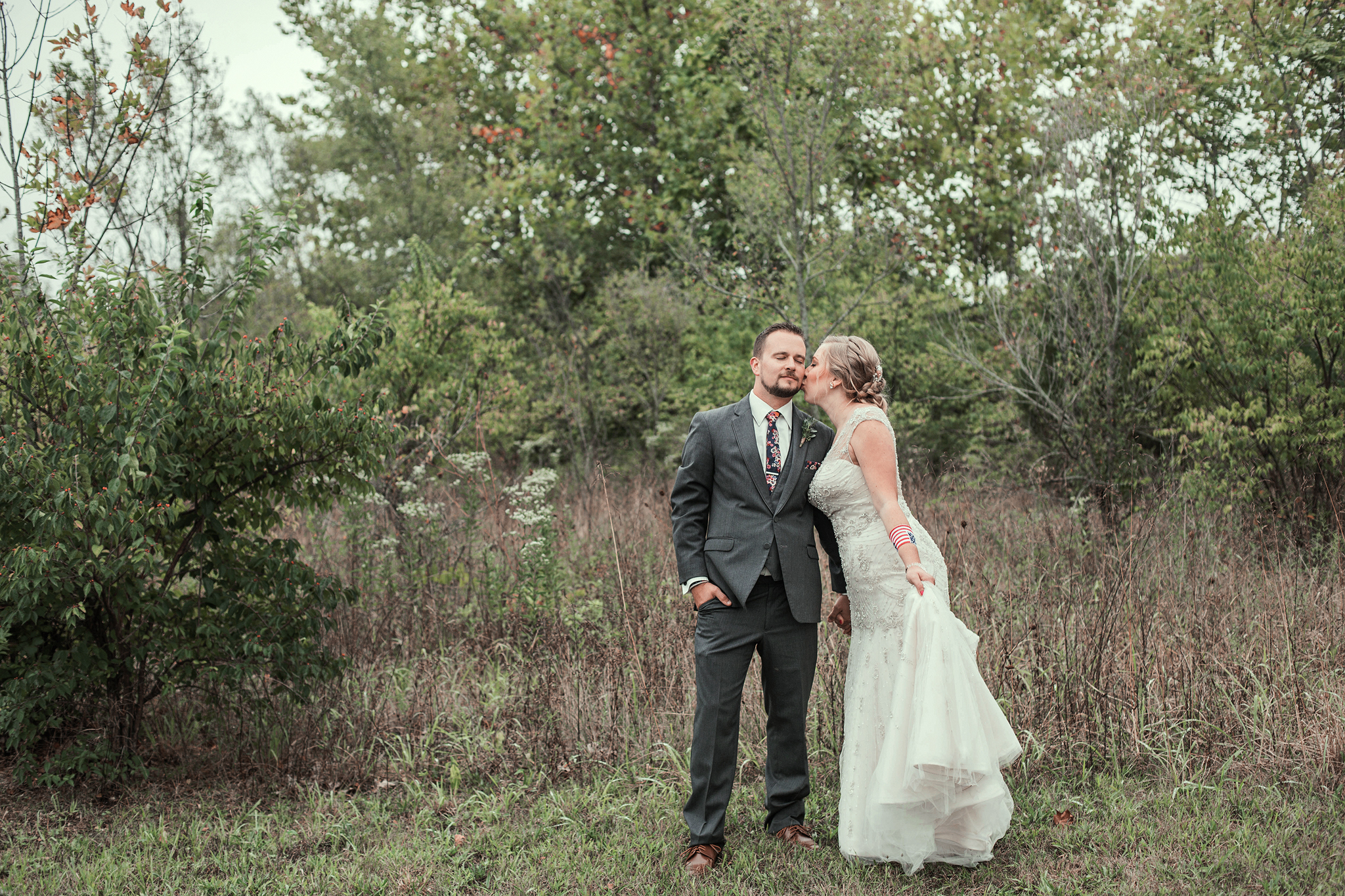 Cincinnati-and-Dayton-OH-Based-Wedding-Photography-Traveling-Wedding-Photographer-Lake-Lyndsay-Hamil
