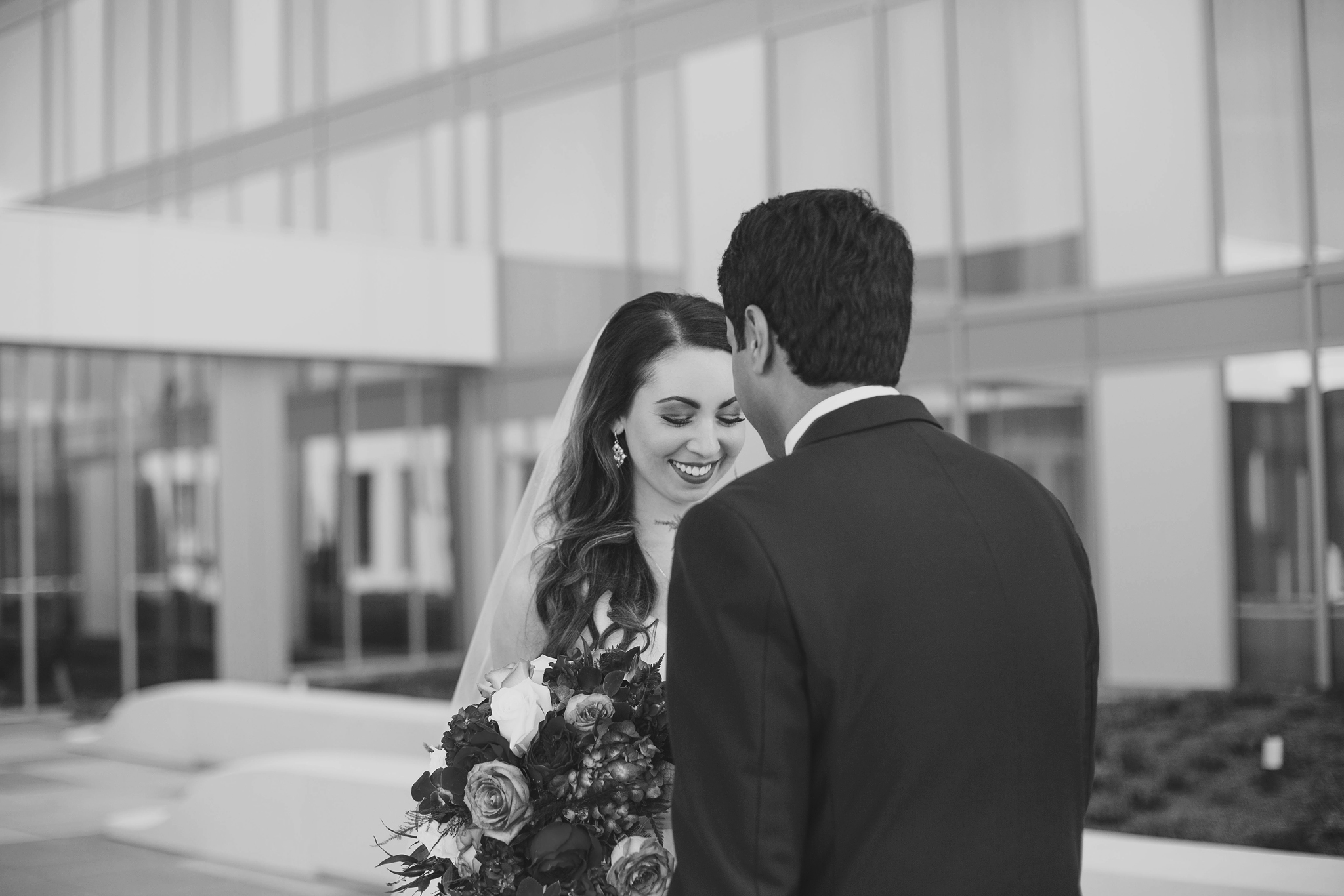 cincinnati and dayton oh based wedding photographer -  the summit hotel - indian and catholic mergin