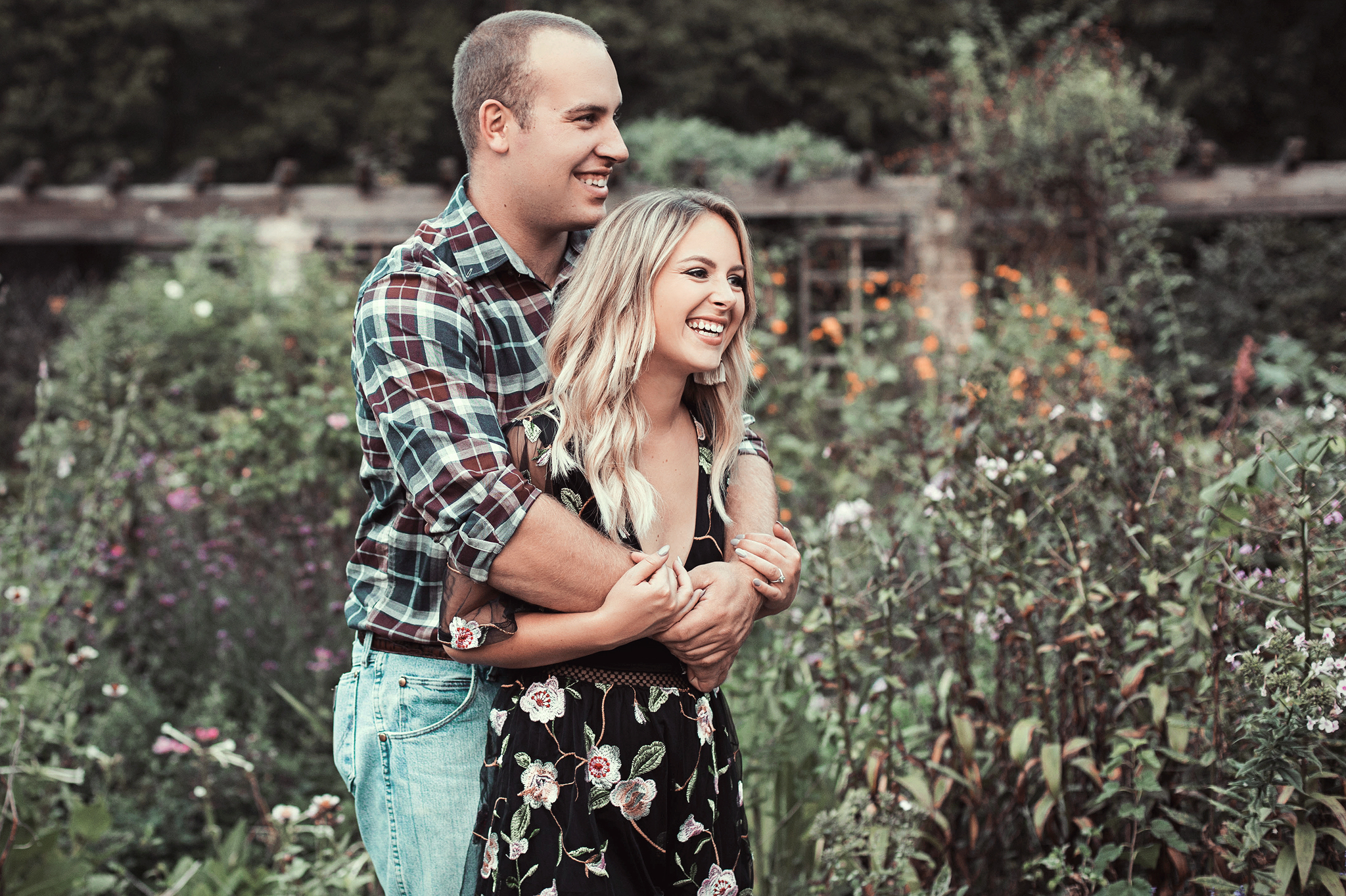 Cincinnati-Dayton-Based-Engagement-Photography-Traveling-Wedding-Photographer-7.jpg
