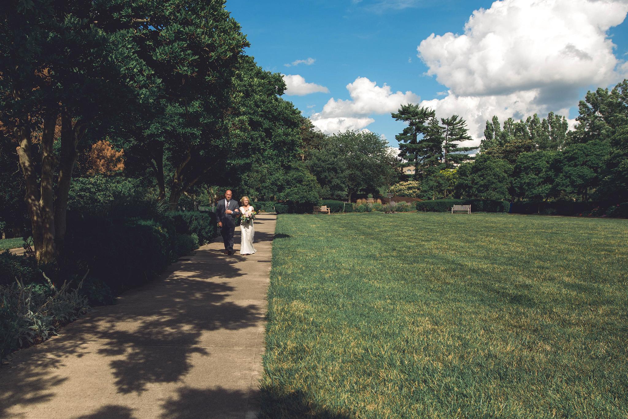 Cincinnati-Dayton-OH-Traveling-Wedding-Photographer-Rhinegeist-Brewery-Ault-Park-21C-88.jpg