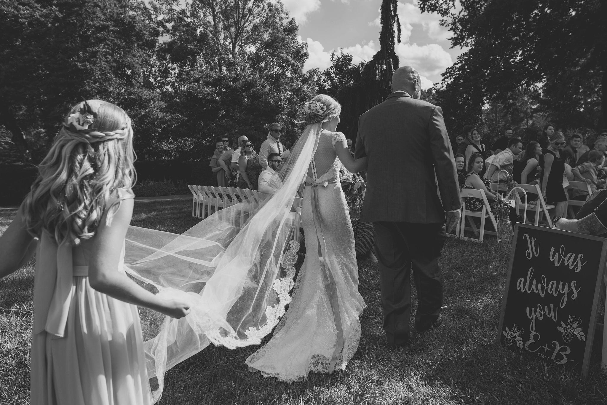 Cincinnati-Dayton-OH-Traveling-Wedding-Photographer-Rhinegeist-Brewery-Ault-Park-21C-89.jpg