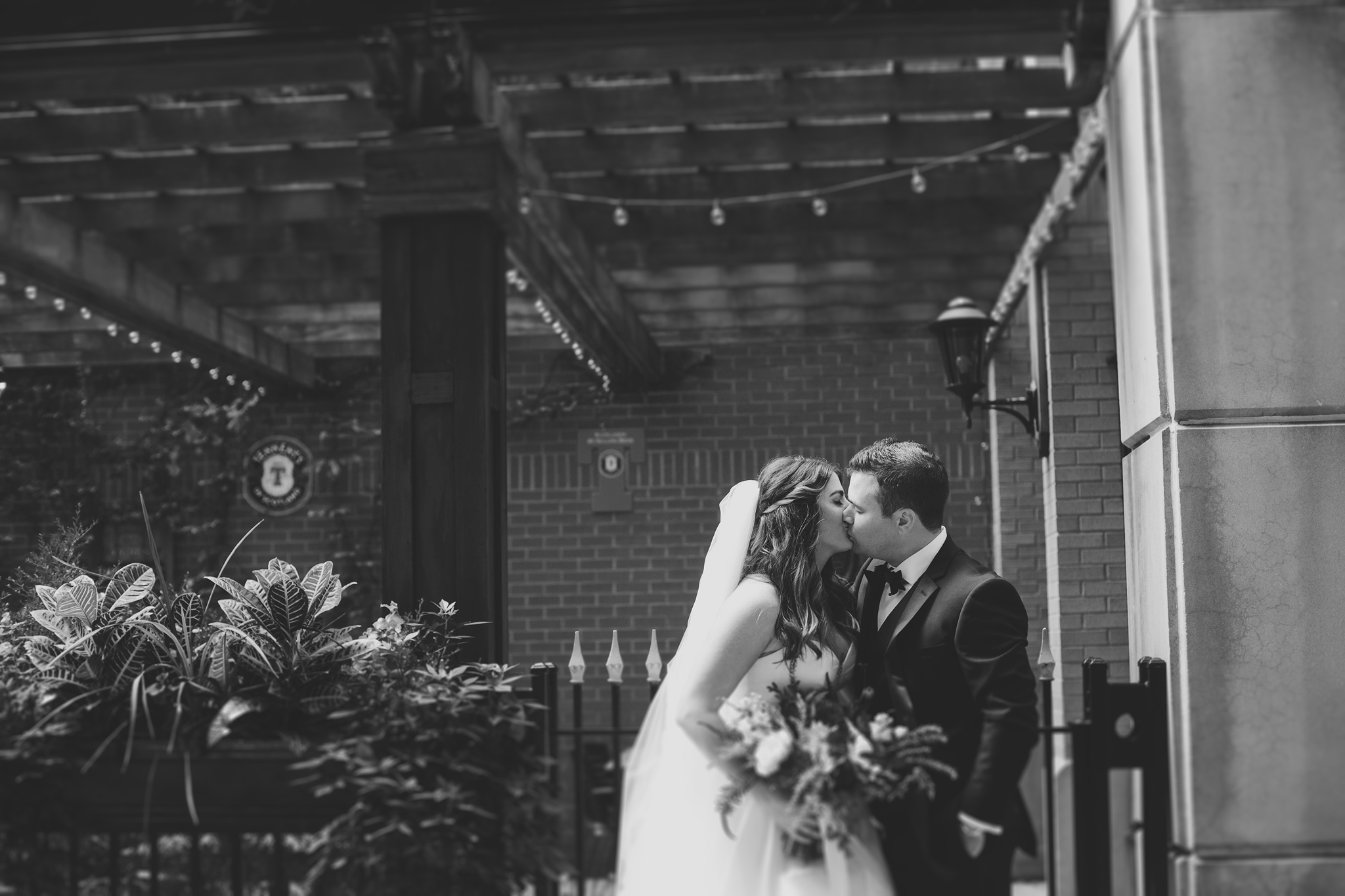 Cincinnati-Dayton-OH-Wedding-Photography-Traveling-Wedding-Photographer-103.jpg