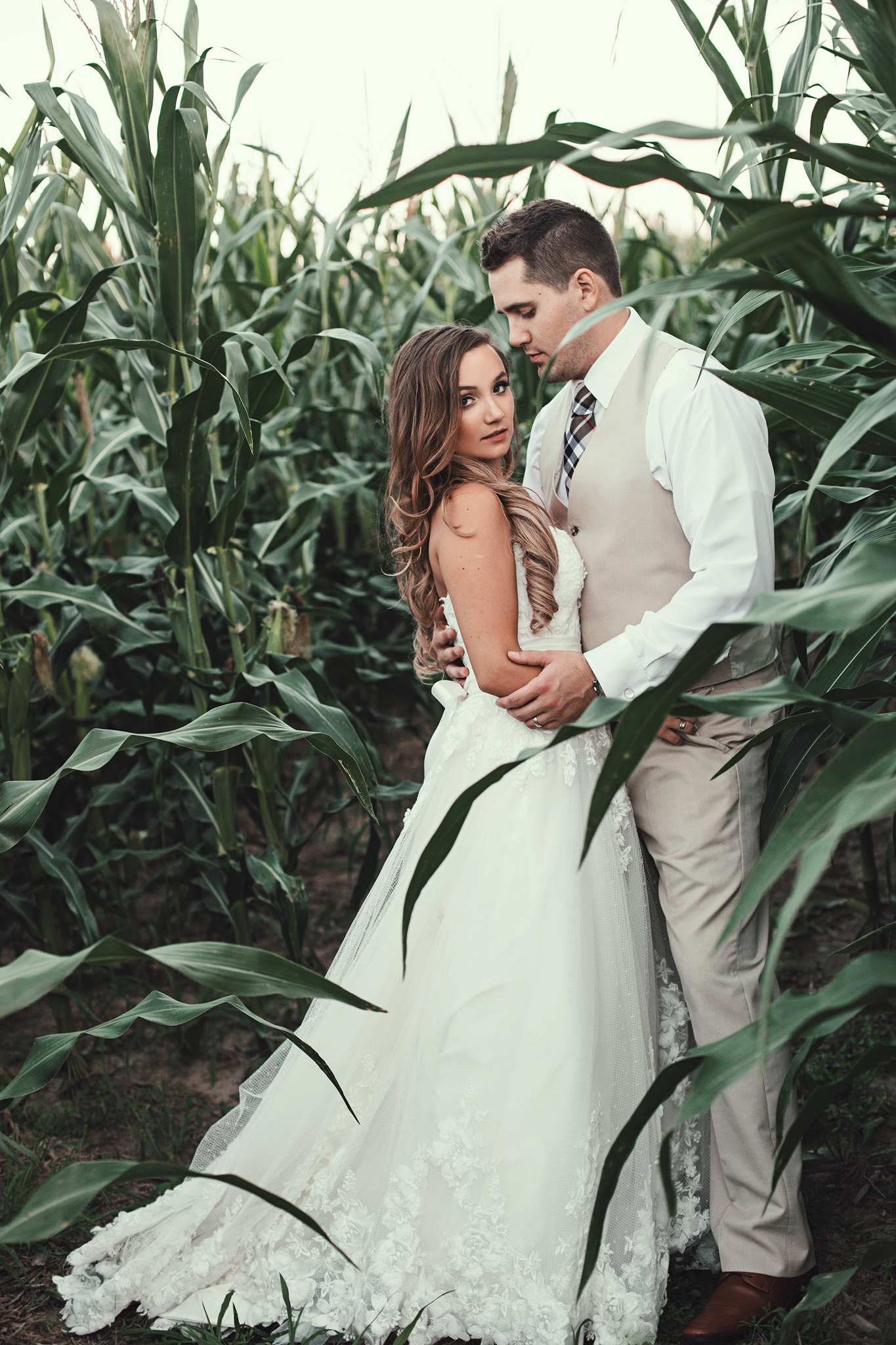 Cincinnati-Dayton-OH-Wedding-Photography-Family-Farm-Venue-Traveling-Photographer-153.jpg