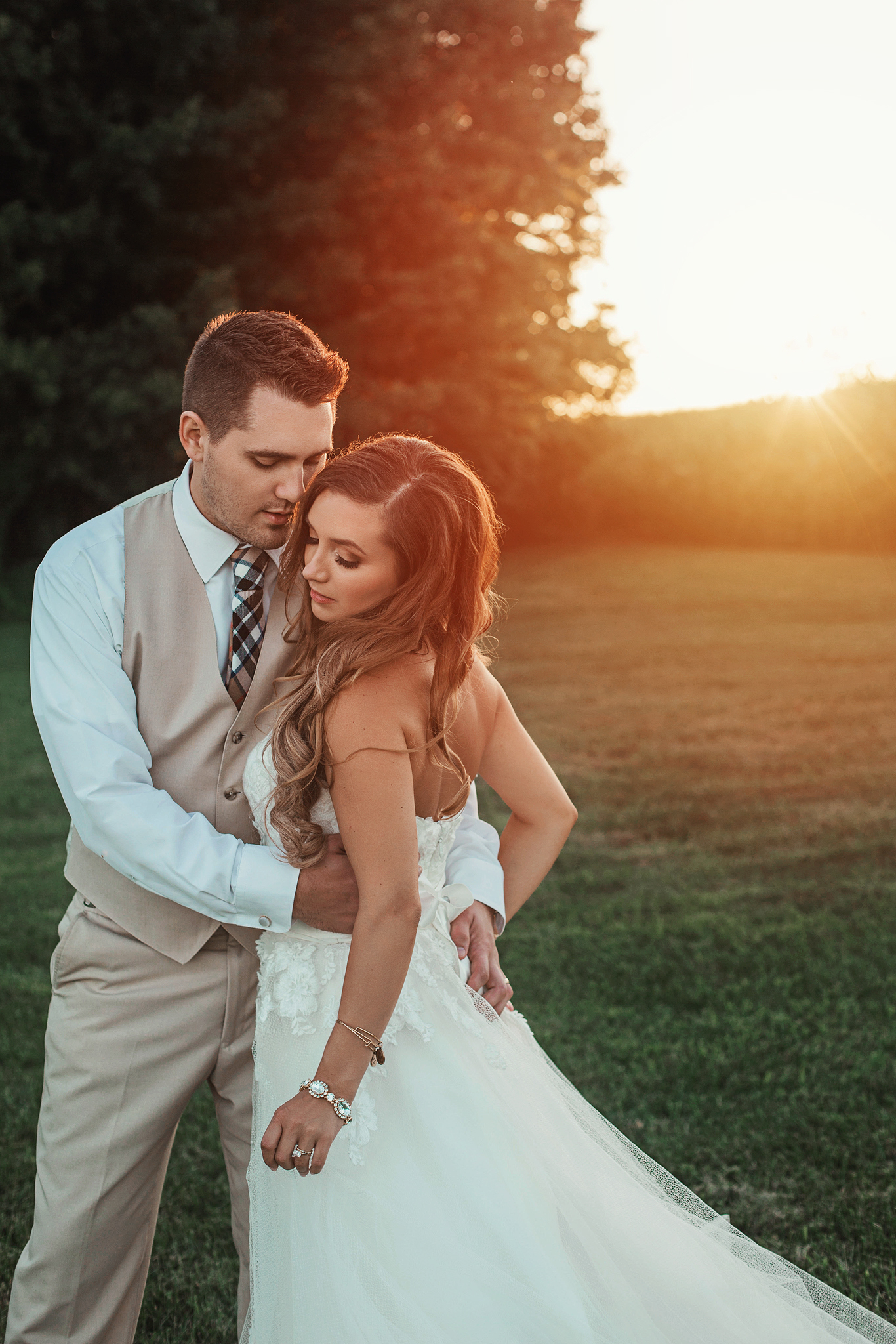 Cincinnati-Dayton-OH-Wedding-Photography-Family-Farm-Venue-Traveling-Photographer-151.jpg