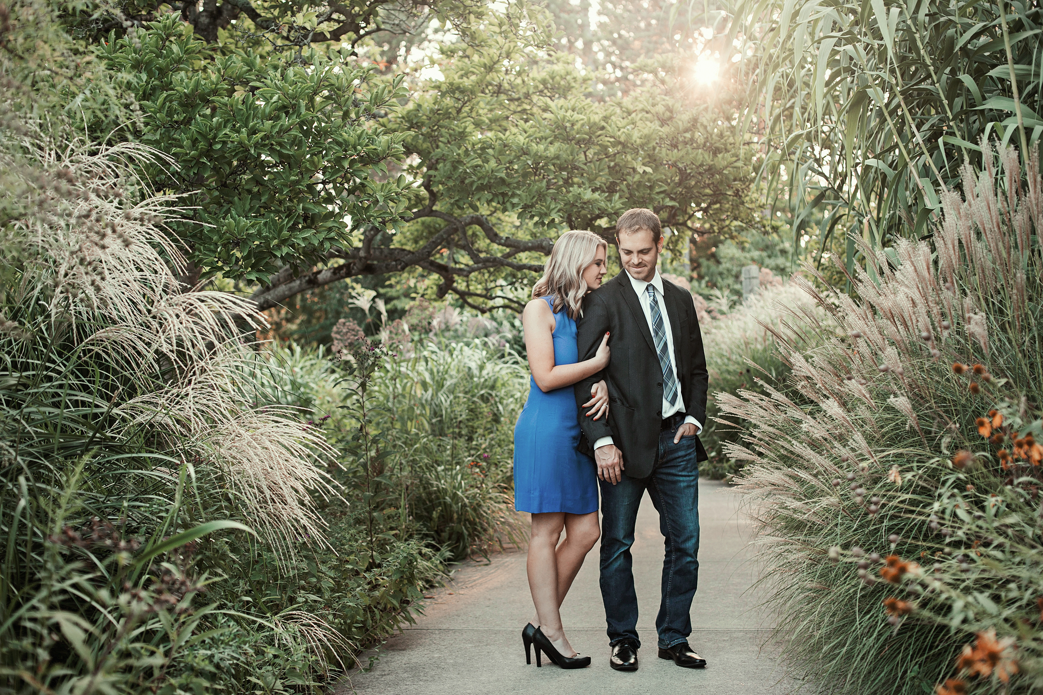Cincinnati-Dayton-OH-Wedding-Photographer-Engagement-Session-at-Ault-Park-9.jpg