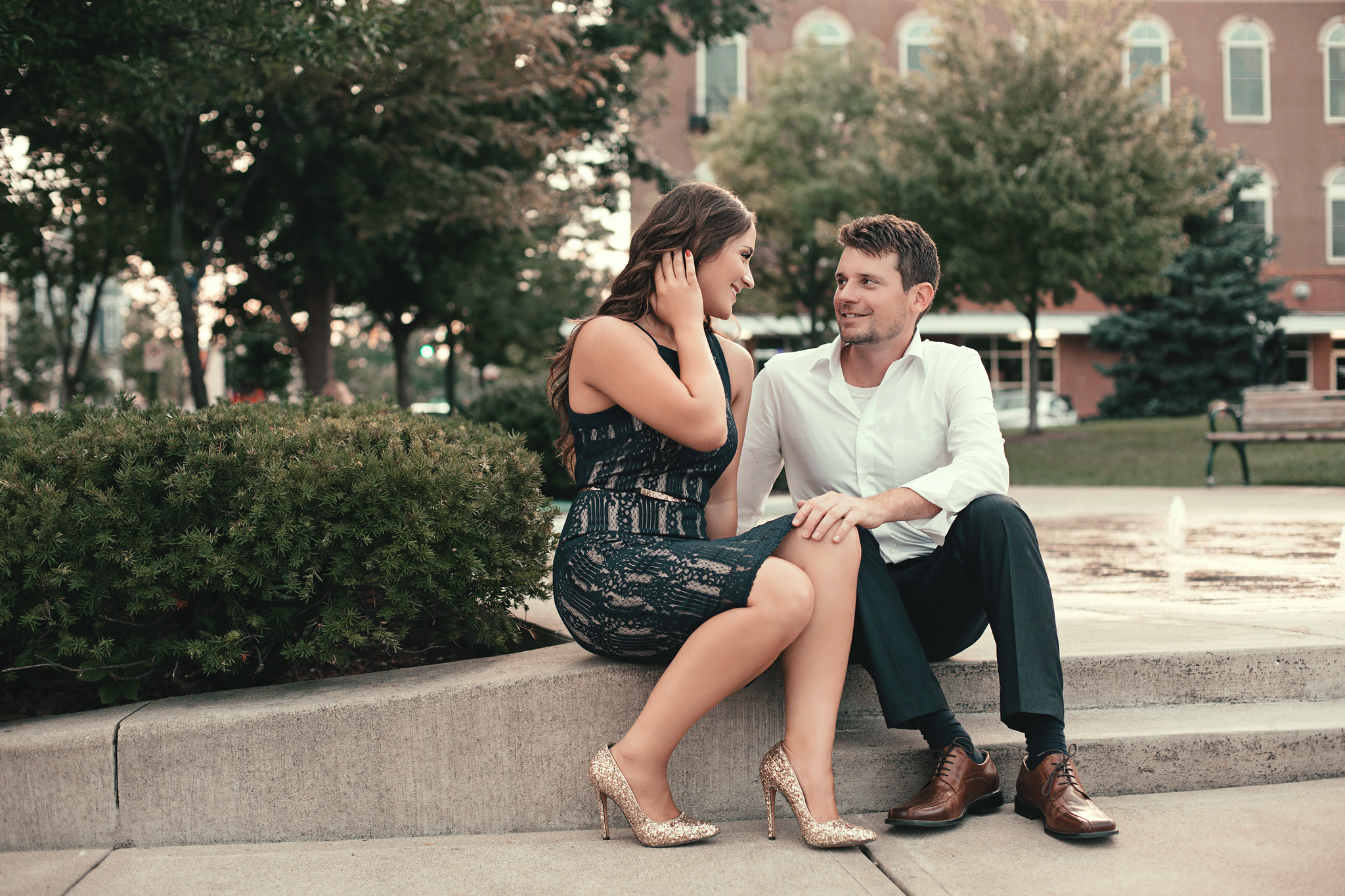 Cincinnati-and-Dayton-OH-Engagement-Session-and-Wedding-photographer-11.jpg