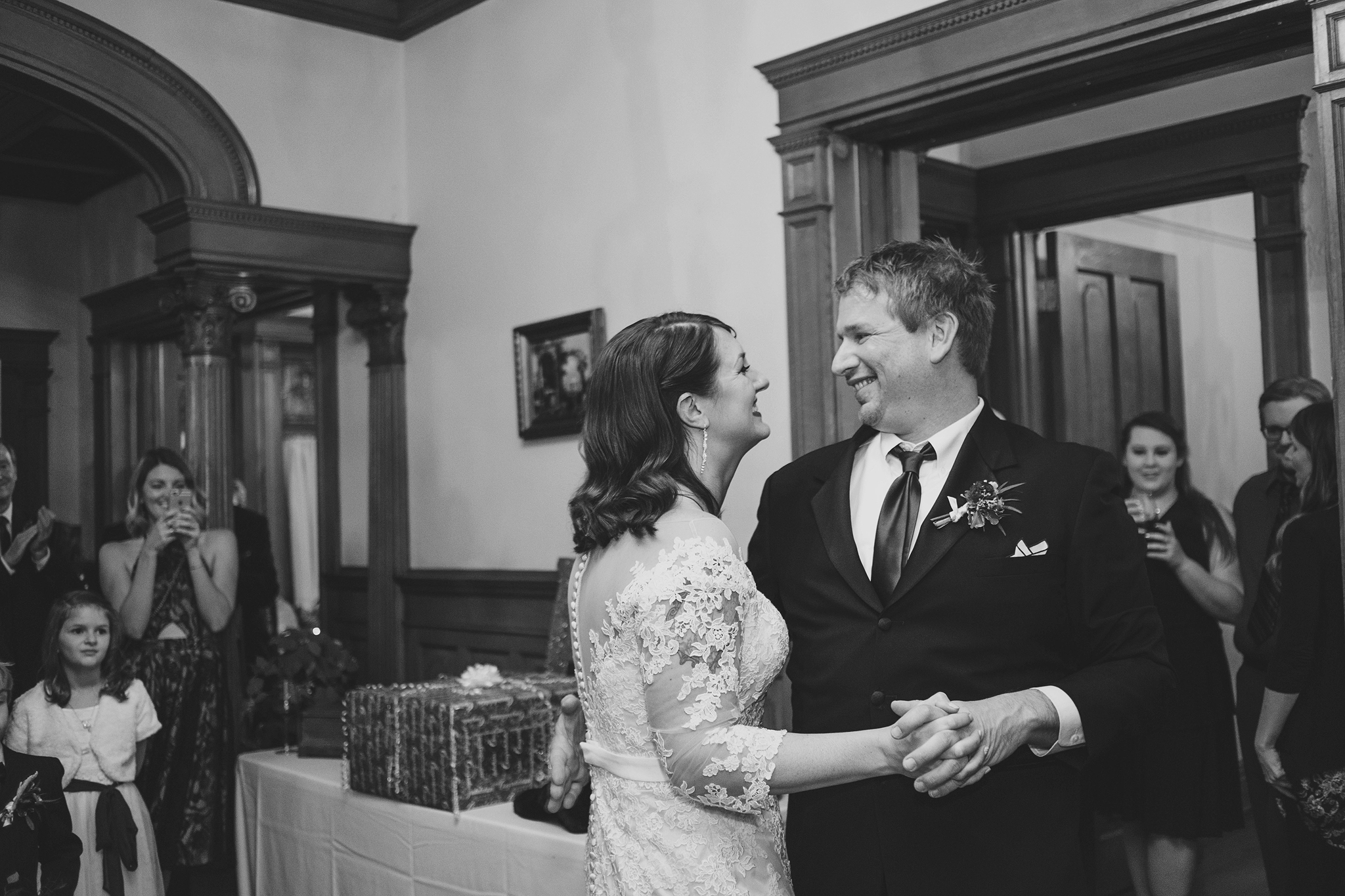 Jenna and Tim - Cincinnati Wedding Photography at Hauck Mansion (71).jpg