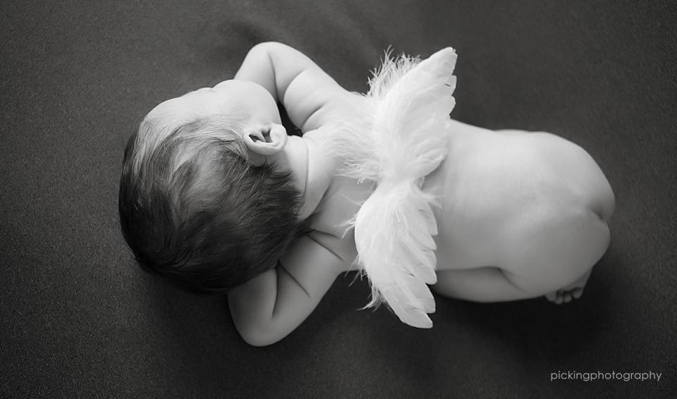 pickingphotography_newborn_0027.jpg