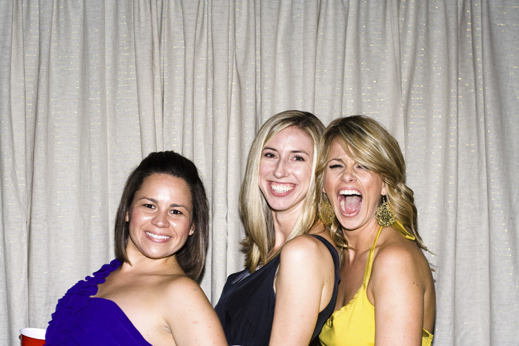 Brittany+Kevin_photobooth-7.jpg