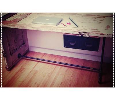desk-2-400x350.jpg