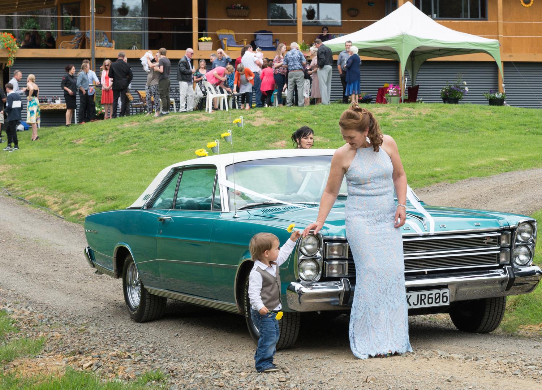 candid wedding photos.jpg